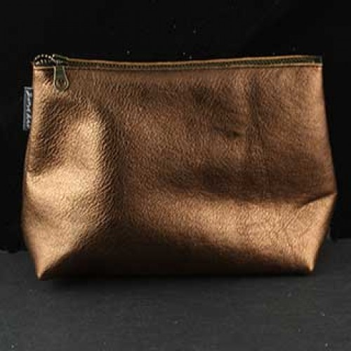 3-d Leather Clutch: Medium
